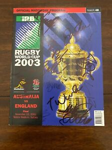 2003 Rugby World Cup Final Australia v England program signed by 30 players