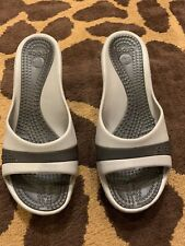 Womens  beach/pool/everyday shoes CROCS size 8 grey color excellent cond heel