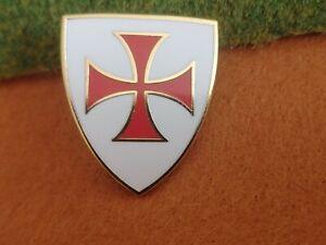 Knights Templar Crusader Pin Badge shield