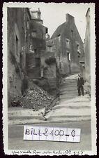 La Roche-Bernard ( Morbihan ) Bretagne .une vieille rue . photo ancienne .1936