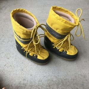 Marc Jacobs Ladies Moon Boots Size Small