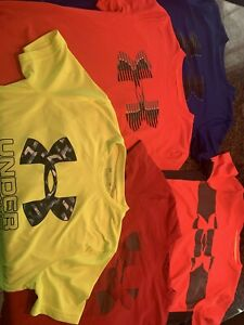 Under Armour boys size Medium 10-12 Lot (5) T Shirts  Excellent Condition