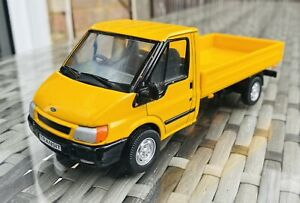 BRITAINS FARM TOYS 1/32 FORD TRANSIT YELLOW PICK UP VERY RARE