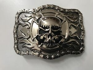 Men's skull with cross,flames and motorbike chain belt buckle.nickle plaited.