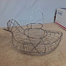 PRIMITIVE WIRE CHICKEN EGG GATHERING BASKET LAYING HEN COUNTRY FARM VINTAGE