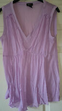 Womens classic V neck lilac top by Evie size M