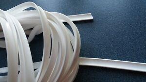 Laminate flooring, flexible pure white scotia / beading, 2 meters.