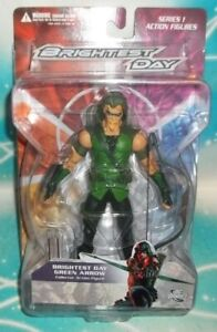DC DIRECT COLLECTIBLES GREEN LANTERN BRIGHTEST DAY SERIES 1 GREEN ARROW FIGURE