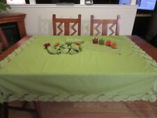 Vintage Green Lace Tablecloth with 8 Napkins/8 Napkin Ring Holders