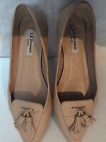 Womens Lk Bennett Shoes Size 4 Flat Beige Shoes Leather Hardly Used