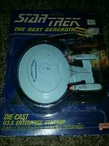 Star Trek The Next Generation die Cast Uss Enterprise by Galoob