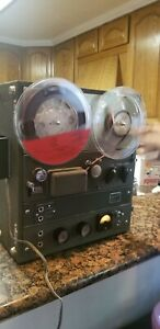 Vtg Roberts Recorder Model 90C Reel to Reel Recorder works but For Repair/ Parts