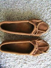 MINNETONKA MOCCASIN CHESTNUT MOCCASIN SHOES WOMENS 6.5 SUEDE LEATHER