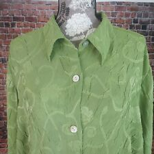 Crazy Horse Collection Women  Blouse 3 Button Down Long Sleeve Green Floral