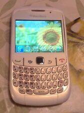 Blackberry Cuvre 8520 En Très Bon État Bloqué SFR
