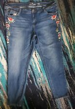 Almost Famous Plus Size 22 Flower Embroidery Jeans