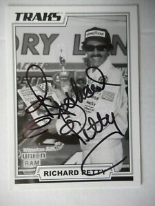 Richard Petty signed 2006 TRAKS #43 7X CHAMPION 200 VICTORIES Nascar Card W/COA
