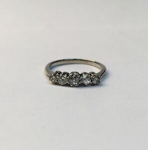 Ladies 18ct White Gold Diamond Ring - Size J - 137637