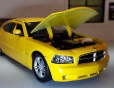 G 1:24 Scala Dodge Charger Daytona R/T 2006 GIALLO Welly AUTOMODELLO METALLO