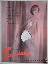 PUBLICITÉ 1957 GAINE SCANDALE AVEC LE BAS COTON OU NYLON - DESSIN SIGNÉ R.BLONDE