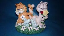 The Danbury Mint ~ 1993 ~ Garfield ~ Love In Bloom