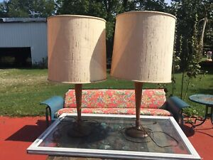 Pair of Mid-Century Modern Wood Table Lamps (Unique Switch) Light Fixtures Set 2