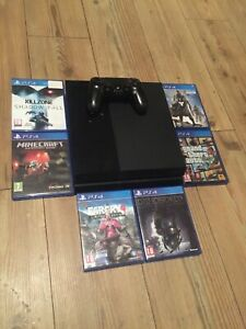 Sony playstation ps4 console and 6 games bundle with all cables :)