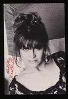 Julie Christie Signed Vintage Photo Autographed AUTO Signature With Envelope