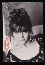 Julie Christie Signed Vintage Photo Autographed AUTO Signature With Envelope