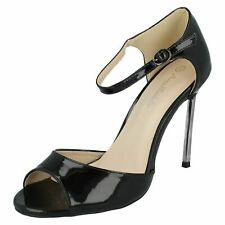 Jen Anne Michelle F1R0556 Femmes Synthétique Noir Verni Bout Ouvert Sandales R6B