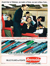 PUBLICITE ADVERTISING 114  1967  REYNOLDS  stylo  bille plume & pointe en  avion