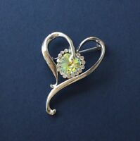 Sparkly love / heart crystal brooch pin