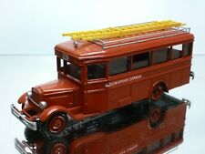USSR CCCP ZIS-8 LADDER TRUCK - FIRE ENGINE - RED 1:43 - VERY GOOD CONDITION