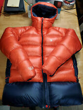 NWT Mountain Hardwear Phantom Hooded Down Jacket Over Stuffed Over Filled XXL