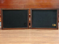 Vintage EPI M50 Bookshelf Stereo Speakers Epicure Wooden - Both Tested and Work