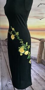 Dolce and Gabbana Black Dress Sheath Of Yellow Roses  Embroidered Detail Size 40