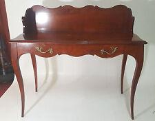 Joli bureau de style Louis XV en merisier