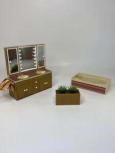 Vintage Tomy Dollhouse Bathroom Furniture Bathtub His & Hers Sink Vanity Plant