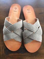 NEW Frye Women's Size 5.5 Carla Criss-Cross Suede Leather Flat Sandal Ash
