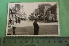 tolles altes Foto  Geschäfte  Werbung  - Ort ????