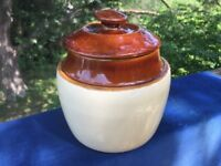 Vintage USA Pottery BP-66 Cream Caramel Brown Lid BEAN POT Cookie Jar RARE ❤️J8