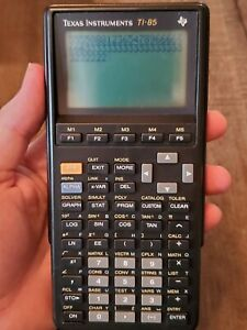 Texas Instruments TI-85 Graphing Calculator With Cover and Case Works Tested