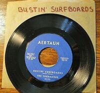 THE TORNADOES - BUSTIN' SURFBOARDS , AERTAUN 45-100, 45 RPM vinyl, 1962