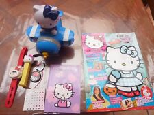JOUET FIGURINES LOT HELLO KITTY DIVERS PEZ MAGAZINE MONTRE ETC...