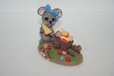 """Vintage Adorable Mouse With Cheese Wedge Laden Cart """"I Love My Mom"""" Figurine"""