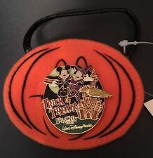 Mickey Minnie Mouse Halloween 2007 Magic Kingdom Treat Bag LE 2000 Pin