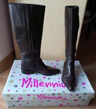 Stivali donna in pelle Millenium. Misura 35. Colore testa di moro