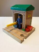 RARE Vintage Thomas the Train WOODEN SODOR CONDUCTOR SHED Wood 2001