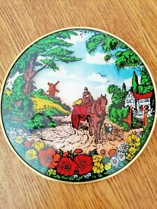 VINTAGE CONVEX WALL PLAQUE PICTURE HAND PAINTED BRASS RIM COUNTRY SCENE