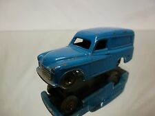 DINKY TOYS DUBLO   COMMER  PLASTIC WHEELS -  CAR  IN  GOOD CONDITION